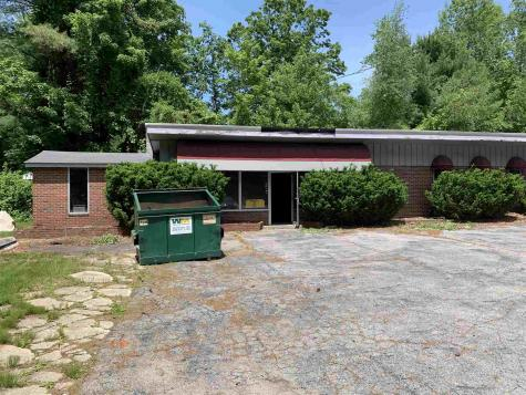 277 Pleasant Street Epping NH 03042