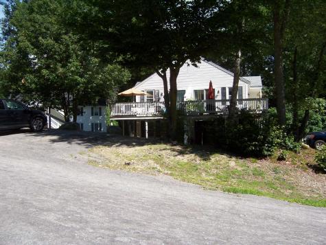18 Plaza Village Plymouth NH 03264