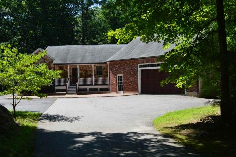 23/25 Goodhue Road Derry NH 03038