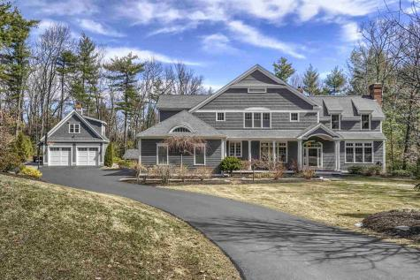 72 Rolling Woods Drive Bedford NH 03110