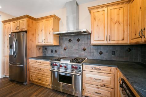 18 Stone Lodge Road Winhall VT 05340