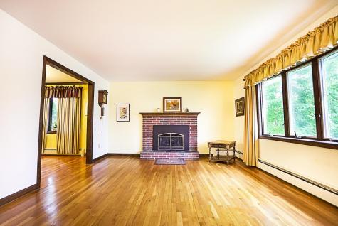 5 Redwood Terrace Essex VT 05452