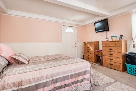 28 Orange Street Farmington NH 03835