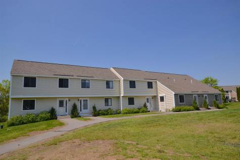 101 Bayberry Lane Londonderry NH 03053