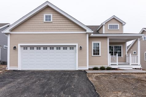 8 Townsend Place Merrimack NH 03054