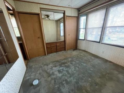 18 Silver Bell Mobile Home Park Rochester NH 03868