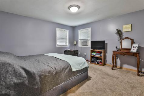 5 Den Avenue Merrimack NH 03054