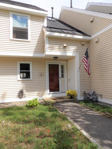 10 Bluffs Drive Concord NH 03303