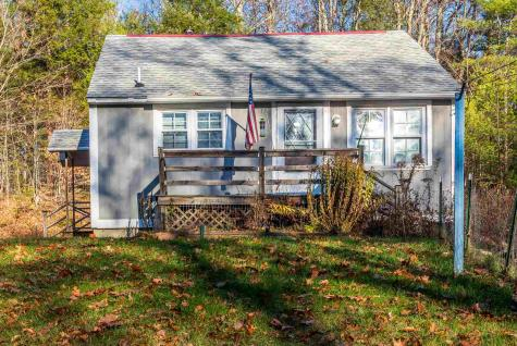 31 Hemlock Road Barnstead NH 03218