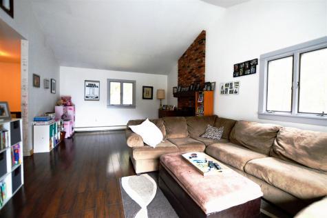 160 Lower Moulton Lane Stowe VT 05672