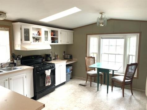 50 Colonial Village Somersworth NH 03878