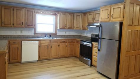 91 Sandown Road Fremont NH 03044