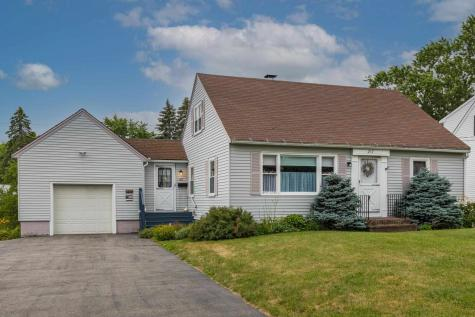 217 Meadow Road Portsmouth NH 03801