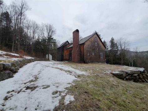 155 GROUT Road Newfane VT 05345
