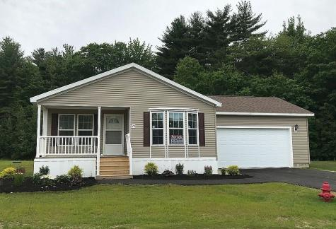 15 Ashleigh Way Rochester NH 03867