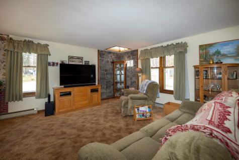 52 Forest Park Drive Rochester NH 03868