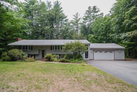 19 Arcadian Lane Litchfield NH 03052