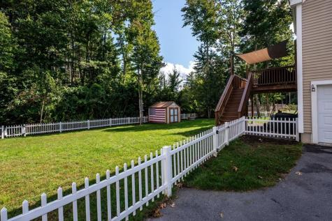 4 Squire Way Exeter NH 03833