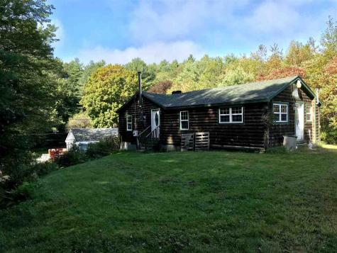 29 Dustin Heights Claremont NH 03743