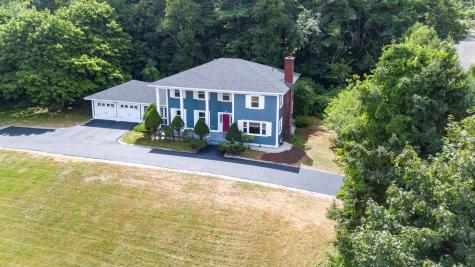 18 Pinecrest Drive Bedford NH 03110