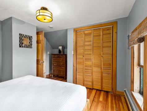 27 Inn Road Charlotte VT 05445