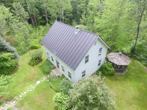 125 Carlyle Road Warren VT 05674