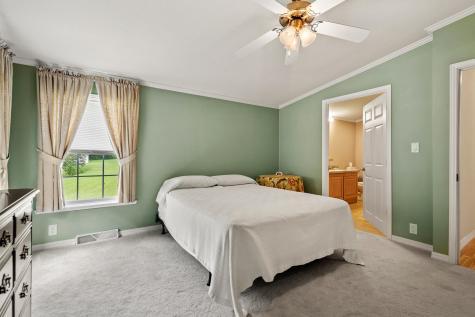 36 Holly Circle North Hampton NH 03862