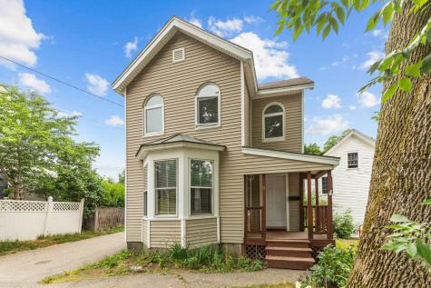 5 Gerry Avenue Newmarket NH 03857-1902