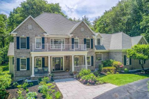 38 Perry Road Bedford NH 03110