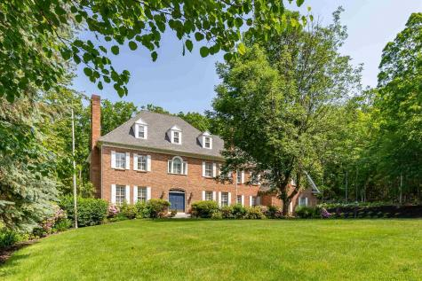 27 Spring Hill Road Bedford NH 03110