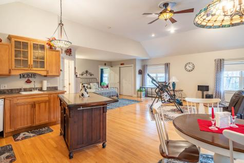 53 Ledgeview Drive Rochester NH 03839