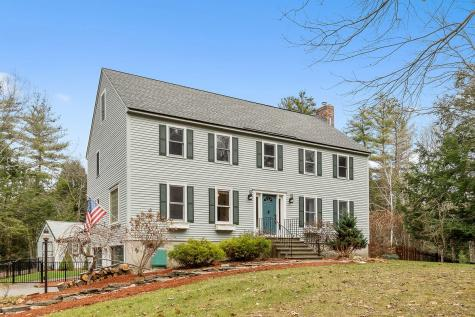 18 Bayberry Lane Derry NH 03038