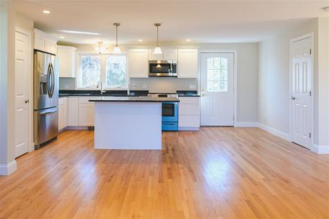 186 Leslie Drive Portsmouth NH 03801