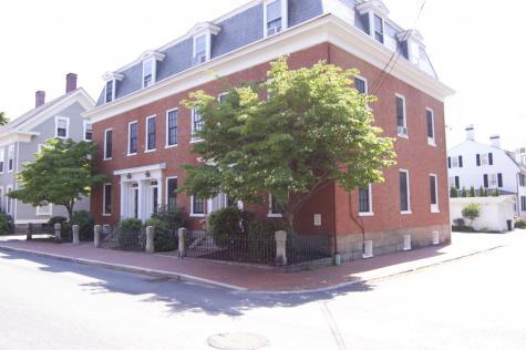 290 Pleasant Street Portsmouth NH 03801