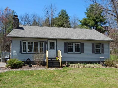 102 Brookdale Road Salem NH 03079