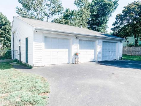 8 Dodge Street Rochester NH 03867