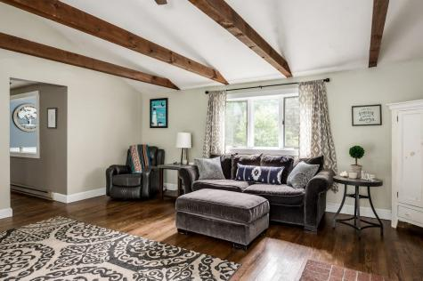 40 Crestview Terrace Stratham NH 03885