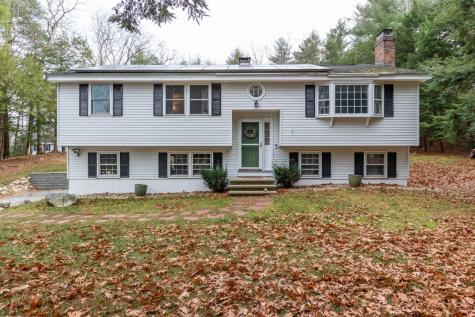 19 Sparhawk Drive Londonderry NH 03053
