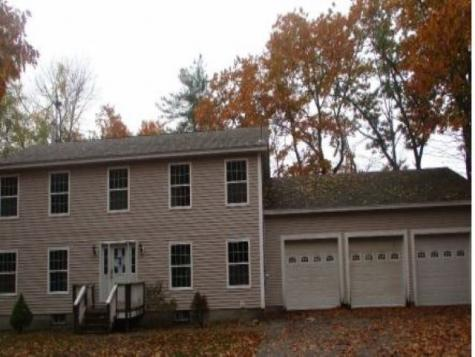 19 Oak Ridge Drive Somersworth NH 03878