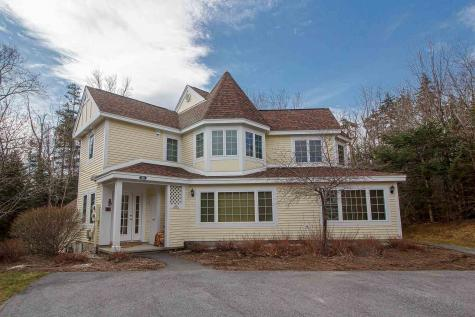 22A Queen Anne's Way Dover VT 05356