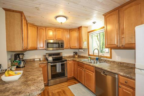44 Scenic Drive Derry NH 03038