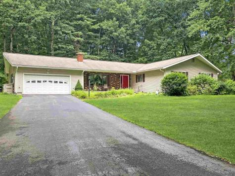 29 Mulberry Lane Bedford NH 03110