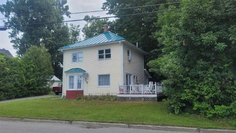 31 Glen Road Newport City VT 05855
