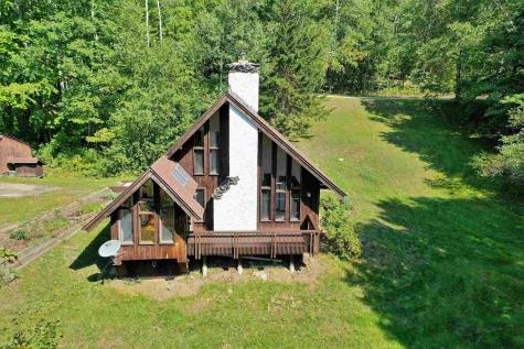 145 Falcon Loop West Rochester VT 05767