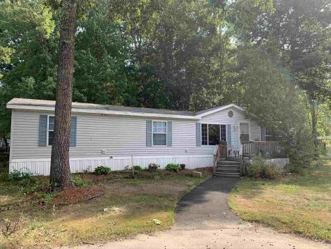 524 Sherwood Glen Road Somersworth NH 03878