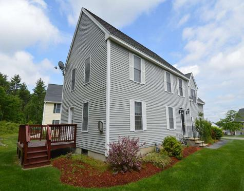 131 Forest Hill Way Manchester NH 03109