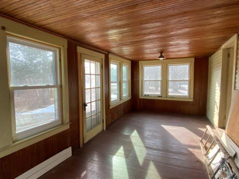 37 Blakes Hill Road Northwood NH 03261