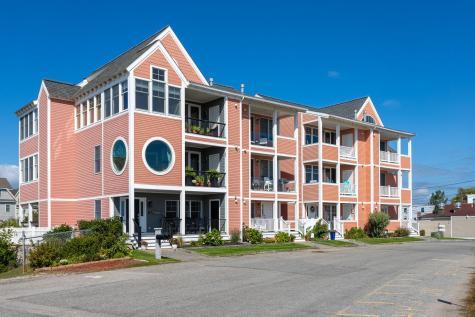 5 Ocean Boulevard Hampton NH 03842