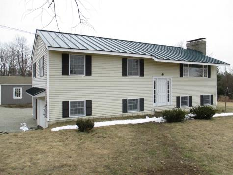 17 Split Oak Circle Chesterfield NH 03443