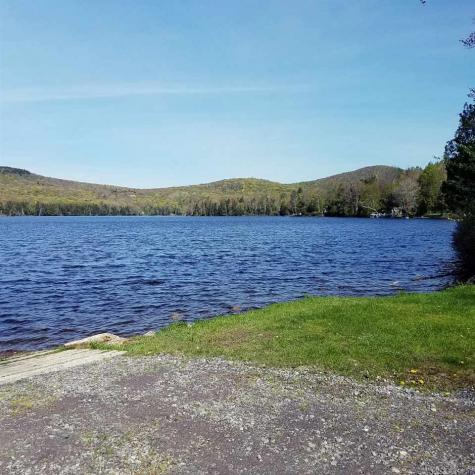 Martins Pond Lane Peacham VT 05862